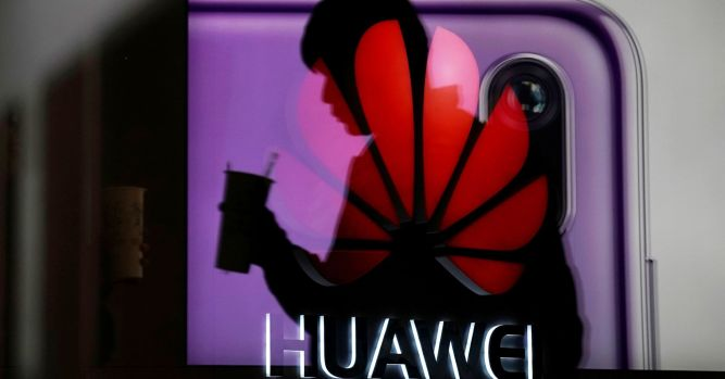 Huawei employee arrested in Poland over spying allegations 1