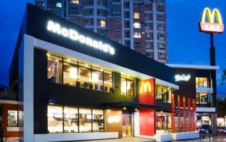 McDonald's shares rise after Stephens upgrade 3