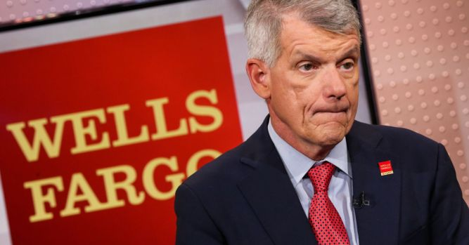 Waters calls Wells Fargo CEO's bonus outrageous, calls for his removal 9