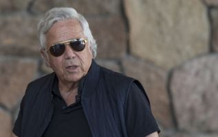 Robert Kraft will reject deal to drop prostitution solicitation case 4