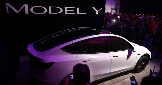 Tesla Model Y unveil Wall Street analysts reaction to Elon Musk's SUV 4