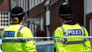 New Met Police recruits to get part-time work option 9