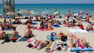 Tourists facing travel money 'shock' this summer 2