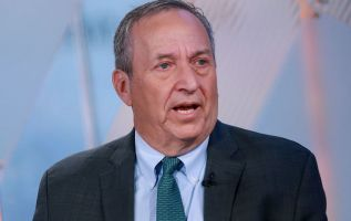 Larry Summers says the Democrats' wealth tax has 'little chance' 1