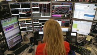 City traders: We want to work 9 to 4 2