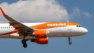 Thomas Cook airport slots bought by EasyJet and Jet2 1