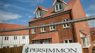 Builder Persimmon lacks minimum house standards, report finds 5