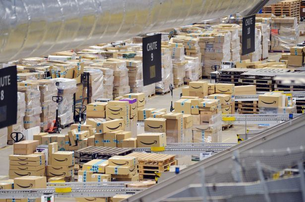 Amazon's first corporate office outside of London opens in Manchester today and this is what you can expect… 4