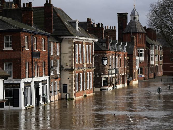 Storms inflict £7.7bn worth of damage on a third of UK property 1