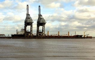 British Steel takes back control of Immingham port facility 2