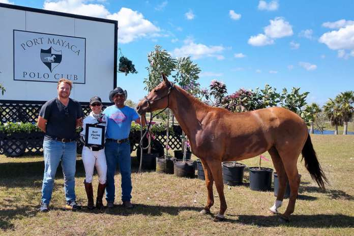 Best Playing Pony: Chispita, owned and played by Dawn Jones, presented by USPA Governor at Large Steven Orthwein Jr., pictured with Luis Cartagena.