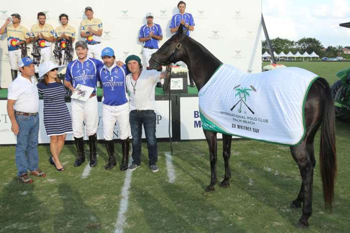 Best Playing Pony C.V. Whitney Cup Final: Mentolada, played by Adolfo Cambiaso, owned by J5 Equestrian, pictured with Gustavo Gomez, Rob Jornayvaz and Juan Aneas. The award was presented by Brenda Lynn of the Museum of Polo and Hall of Fame.