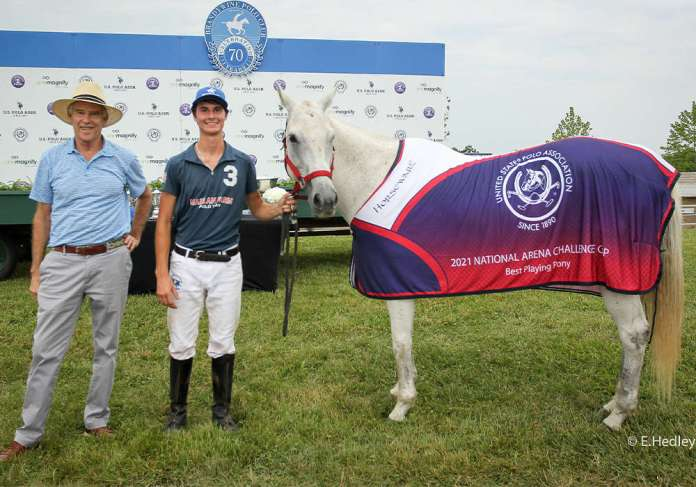 Best Playing Pony Pepsi owned and played by Brennan Wells. Presented by Club President Dixon Stroud.