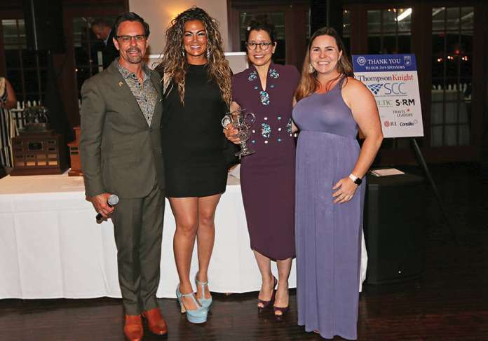 Dawn Jones was presented with the USPA Woman of the Year Award. Pictured with USPA CEO Robert Puetz, Rocky Mountain Circuit Governor Erica Gandomcar-Sachs and Membership and Handicap Director Lindsay Dolan. ©Alex Pacheco