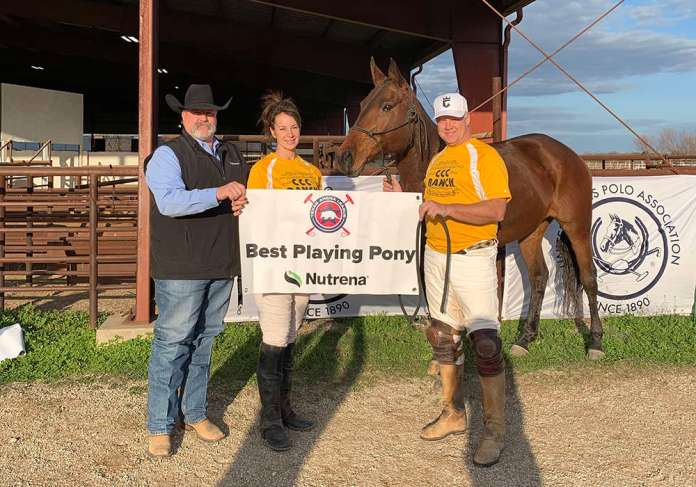 Nutrena Best Playing Pony Demi, played by Rob Phipps and owned by Kelly Coldiron. Pictured with Dale Brown of Cargill/Nutrena.