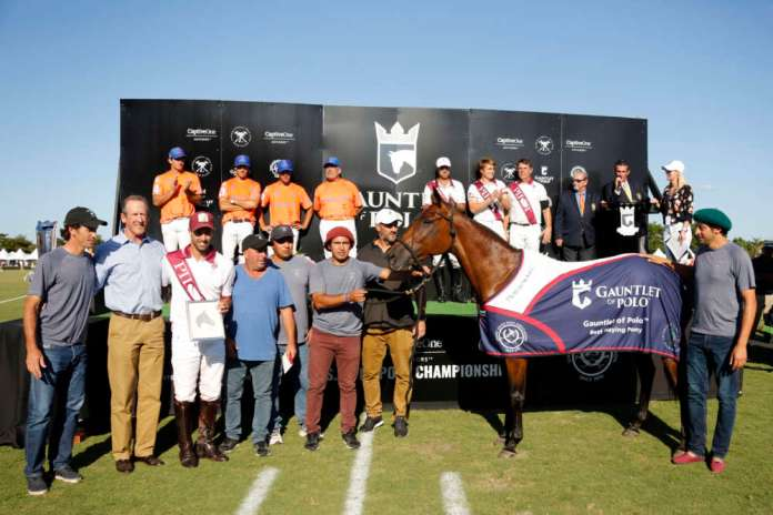 Best Playing Pony of the GAUNTLET OF POLO™: Open Canosa - owned and ridden by Facundo Pieres, presented by USPA Secretary Stewart Armstrong, and pictured with Tomas Garbarini, Javier Fiel, Leonicio Godoy, Sandro Diaz and Facundo Burgos. ©David Lominska