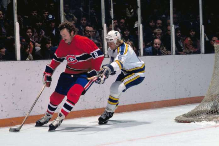 Larry Robinson on the left for the Montreal Canadiens.