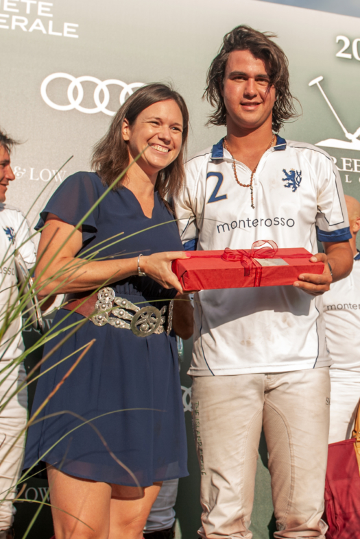 Most Valuable Player: Santino Magrini of Monterosso presented by Eliana Molyneux of Vakiano.
