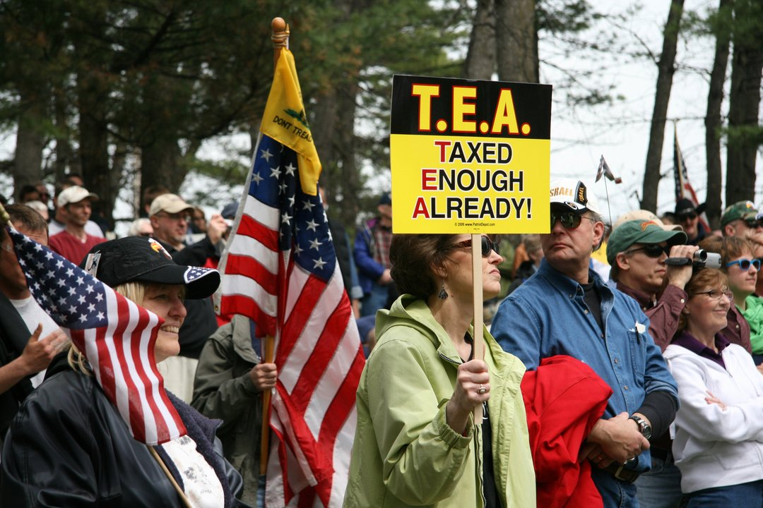 "The ""Tea Party"" Of 2010 Fades Under Trump"