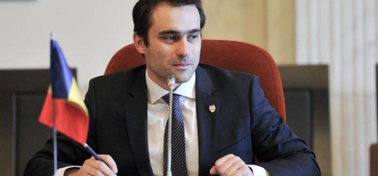 Senatul a adoptat propunerile USR de modificare a legii spațiilor verzi