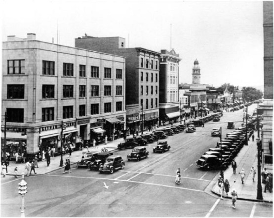 Downtown Colorado Springs in 1938 (Credit: Penrose Library Digital Collection).
