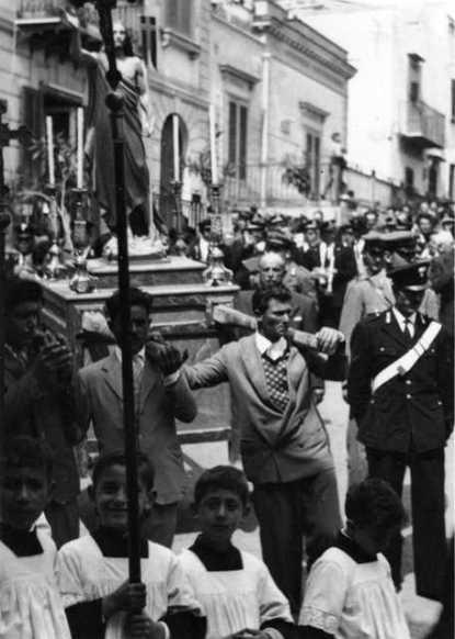 Ustica, Pasqua - processione di tanti anni fa