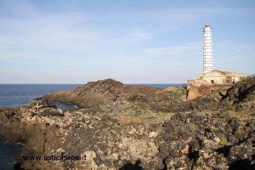 Ustica,Faro di Punta Cavazzi