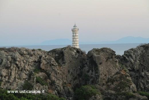 Ustica, faro di Punta Cavazzi
