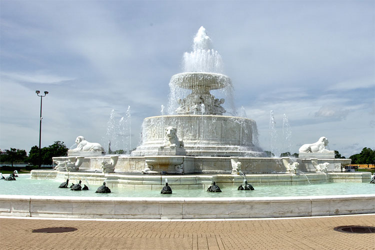 Scott Memorial Fountain - Detroit