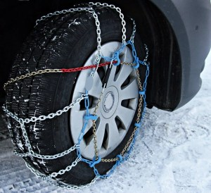 Auto Service Tips: 5 Considerations for Choosing Winter Tires