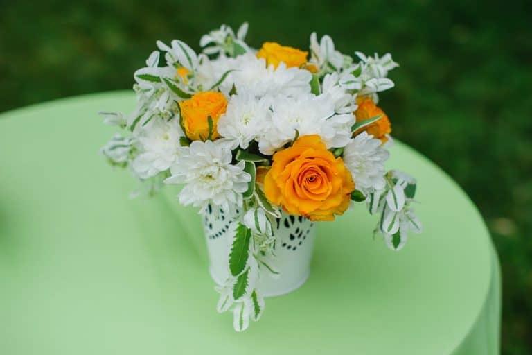 Vaso di fiori primaverili