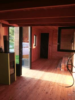 Utopaille : L'intérieur de la tiny house  de Géraldine