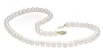 Klasična biserna ogrlica