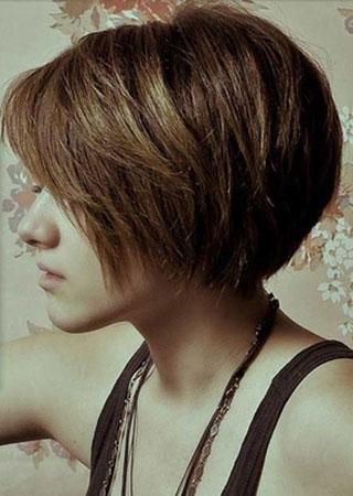 bob frizura za tanku kosu