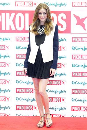 Olivia Palermo biseri uz klasican outfit