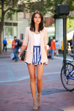 mini suknja sa prugama
