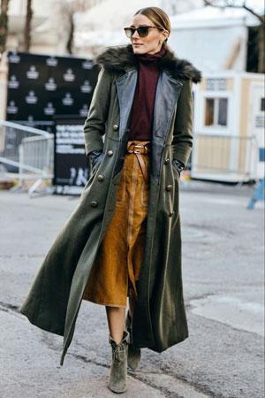 Olivia Palermo kozna jakna preko antilop suknje