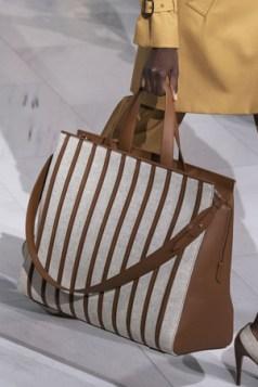 prugasta torba od kože i platna