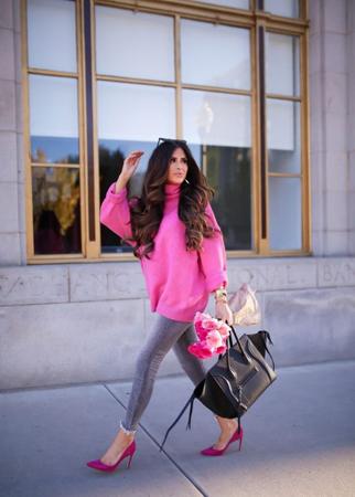 Modne kombinacije - kezual outfit roze boja