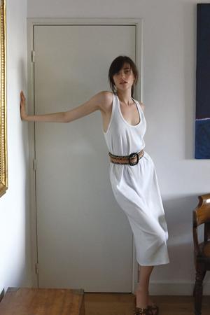 zara nova kolekcija- bela haljina