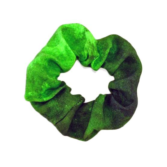 Metsä Green Scrunchie