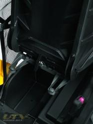 commander1000-driverseatstorage