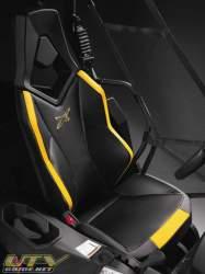 commander1000x-seat