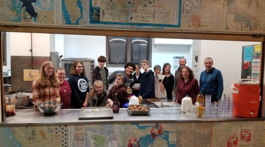 UUC Youth and families at Teen Feed, 2019 11 30