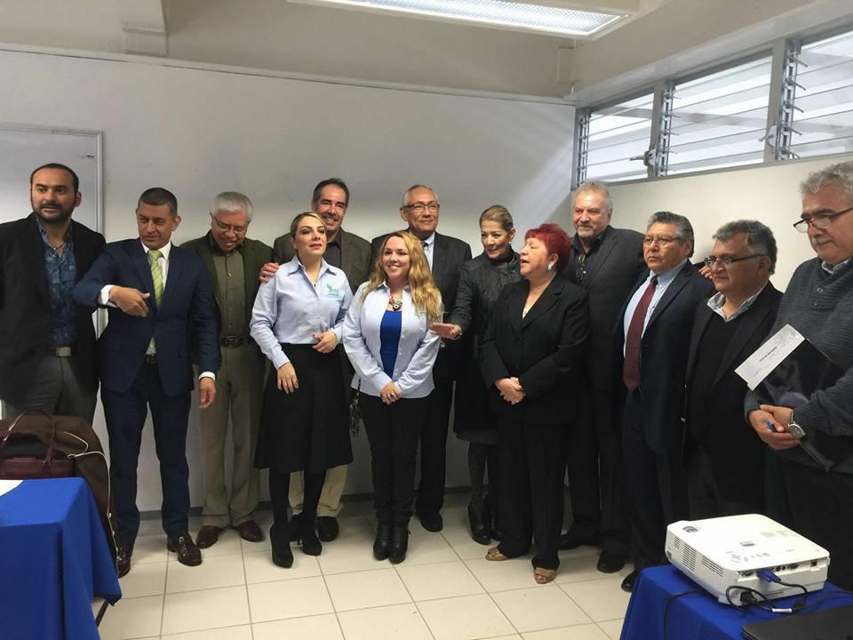autoridades de la Universidad Veracruzana y SEA