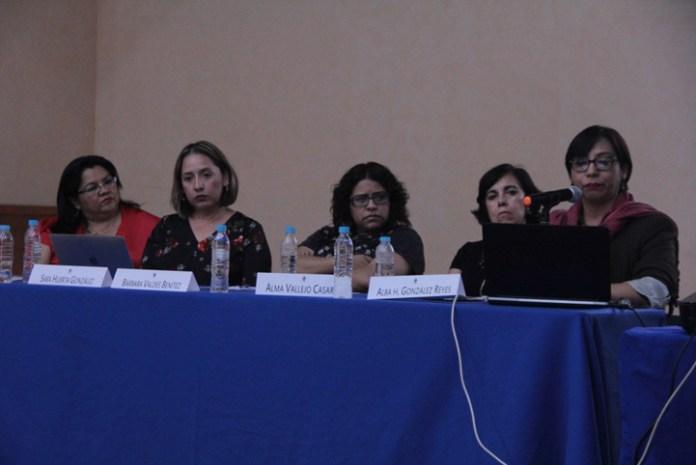 """Participantes de la Mesa 2 """"Violencia de género"""", del Coloquio """"Cuerpos, violencias y vulnerabilidad en espacios de riesgo"""""""
