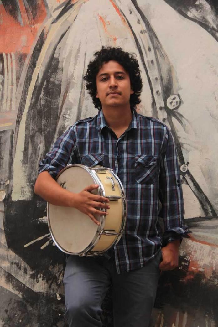 Alejandro Lozano Villagarcía, baterista de Adal Pérez Cuarteto