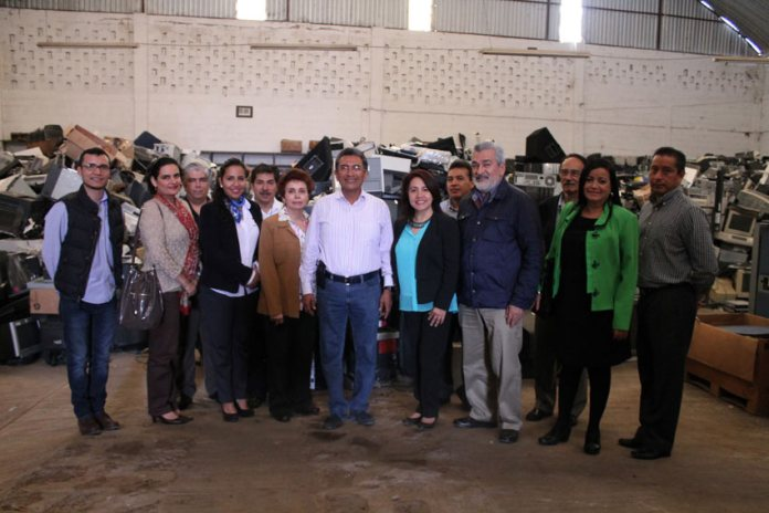 El Comité y personal universitario que trabajan en la dictaminación y manejo de bienes en desuso