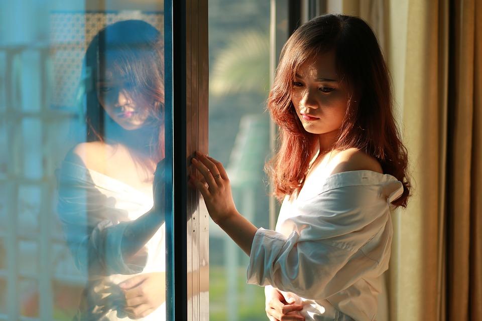 ファッション アジア 日本 中国語 美しい 女性 女の子 若いです ドレス 肖像画 モデル