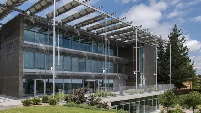Surrey's 5G centre. Image source : surrey.ac.uk